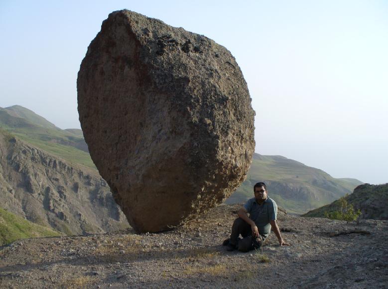 یه ناخن سنگ